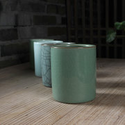 BBH005 Longqua celadon <em>brush</em> pot